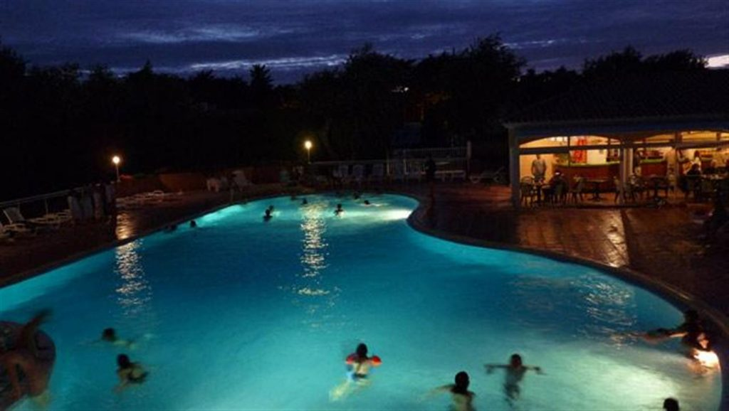 photo camping saint jean de monts vendee piscine chauffee