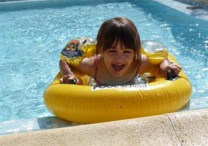 photo camping saint jean de monts vendee pataugeoire enfants